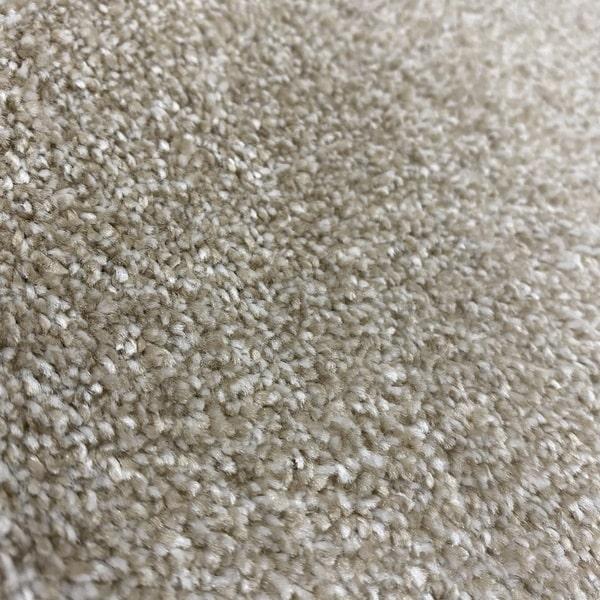 Едноцветен килим - Бела Бежов - детайл - 2
