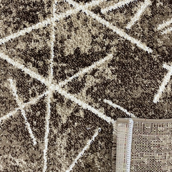 Модерен килим - Ирис 901 Кафяв - детайл - 3